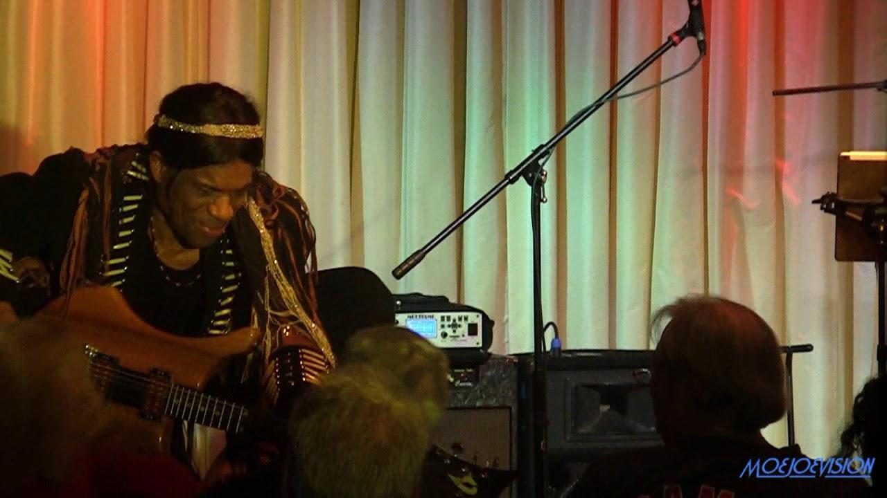 stanley jordan plays jimi hendri 6 Stanley Jordan plays JIMI HENDRIX Live @ The Bull Run Restaurant 10/3/19