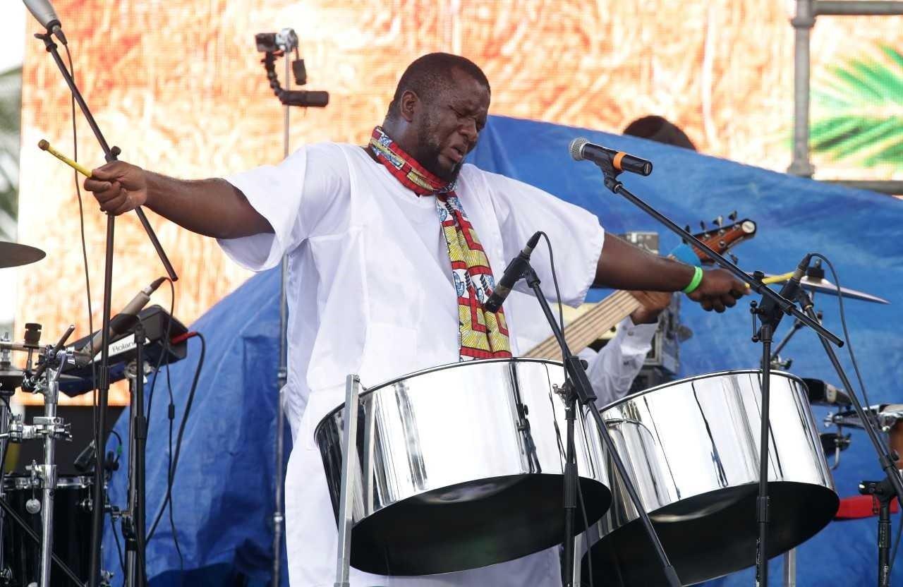 Akinola Sennon | Steel Pan, Afro Jazz